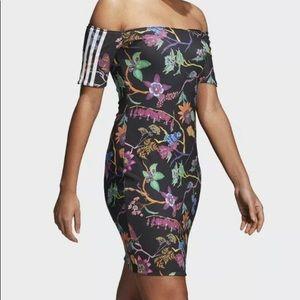 NWT ADIDAS POISONOUS GARDEN REVERSIBLE DRESS size S DT8287 black floral